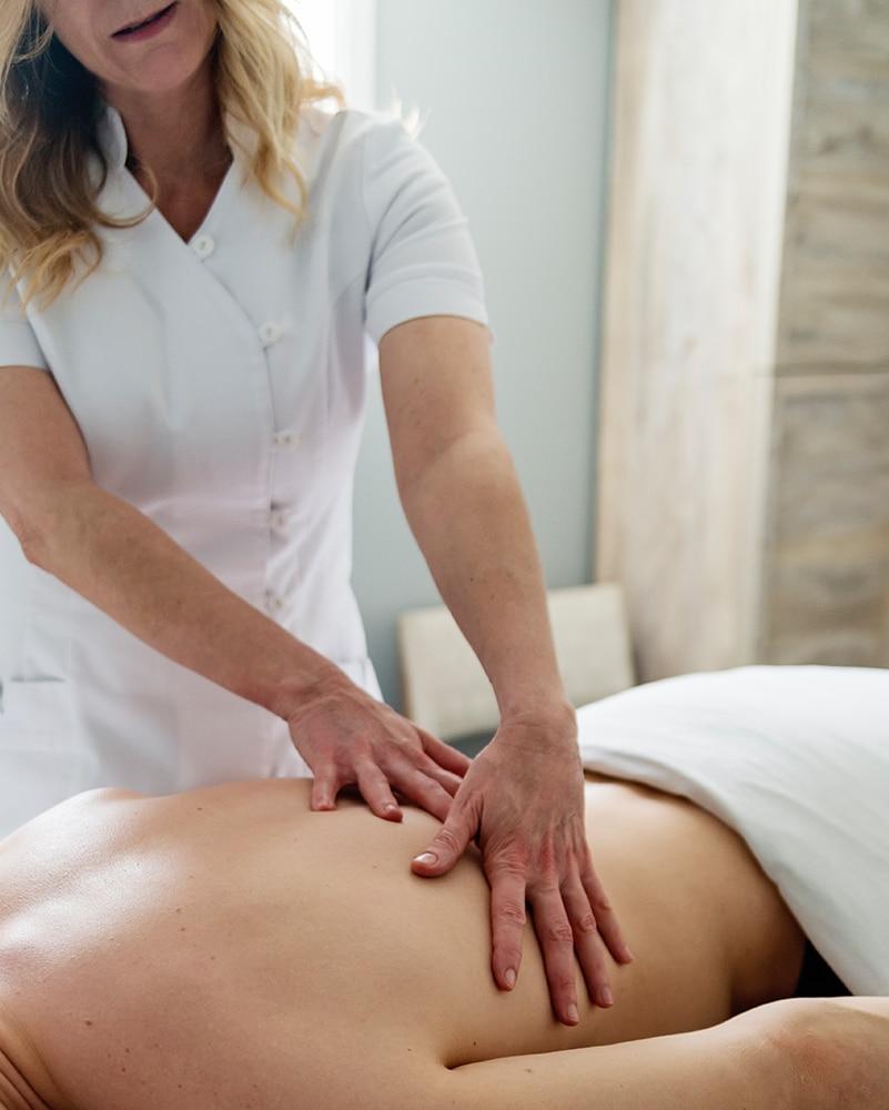 massage-suedois-clinique-soins-corps